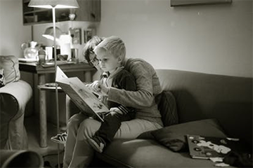 15. Leggere per i bambini storie e racconti per farli sognare